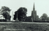 St Mary's Church & War Memorial (Peter Searle)